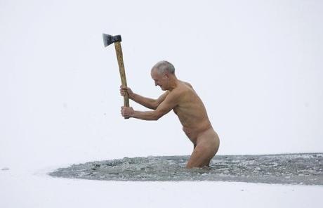 ice-swimmer_belarus