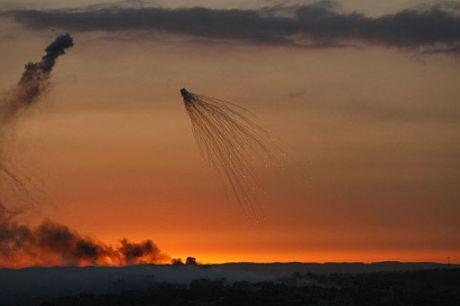 gazaclusterbombred